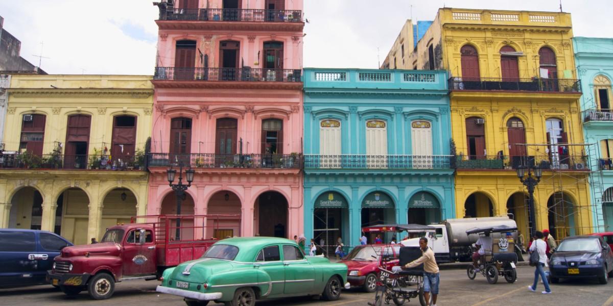 EU retira a Cuba de lista de países promotores del terrorismo, represión en Cuba,La CIA en America Latina.Años90.