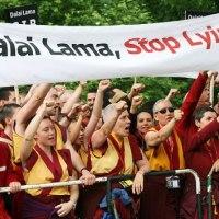 """Los principales medios Confirman al Dalai Lama:Es un agente de la CIA,""""Israel comete crímenes de guerra al seguir con las construcciones en territorio palestino"""""""